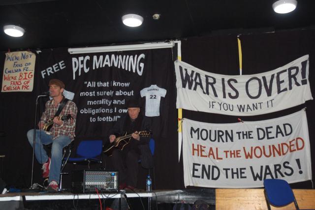 07 roj and joe and banners