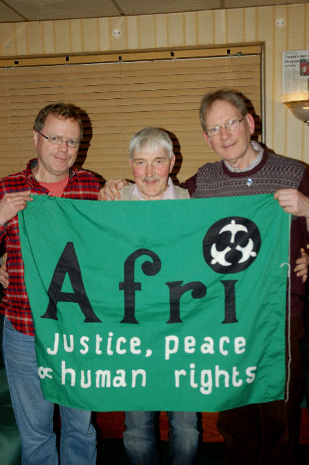4311 L and R andy storey and joe murray of afri Centre uncle kevin fox sm